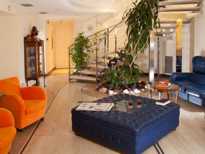 hotel-windrose-rome-common-areas-08