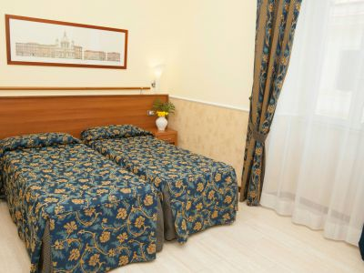 hotel-windrose-rome-rooms-09