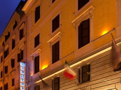 hotel-windrose-rome-external-01