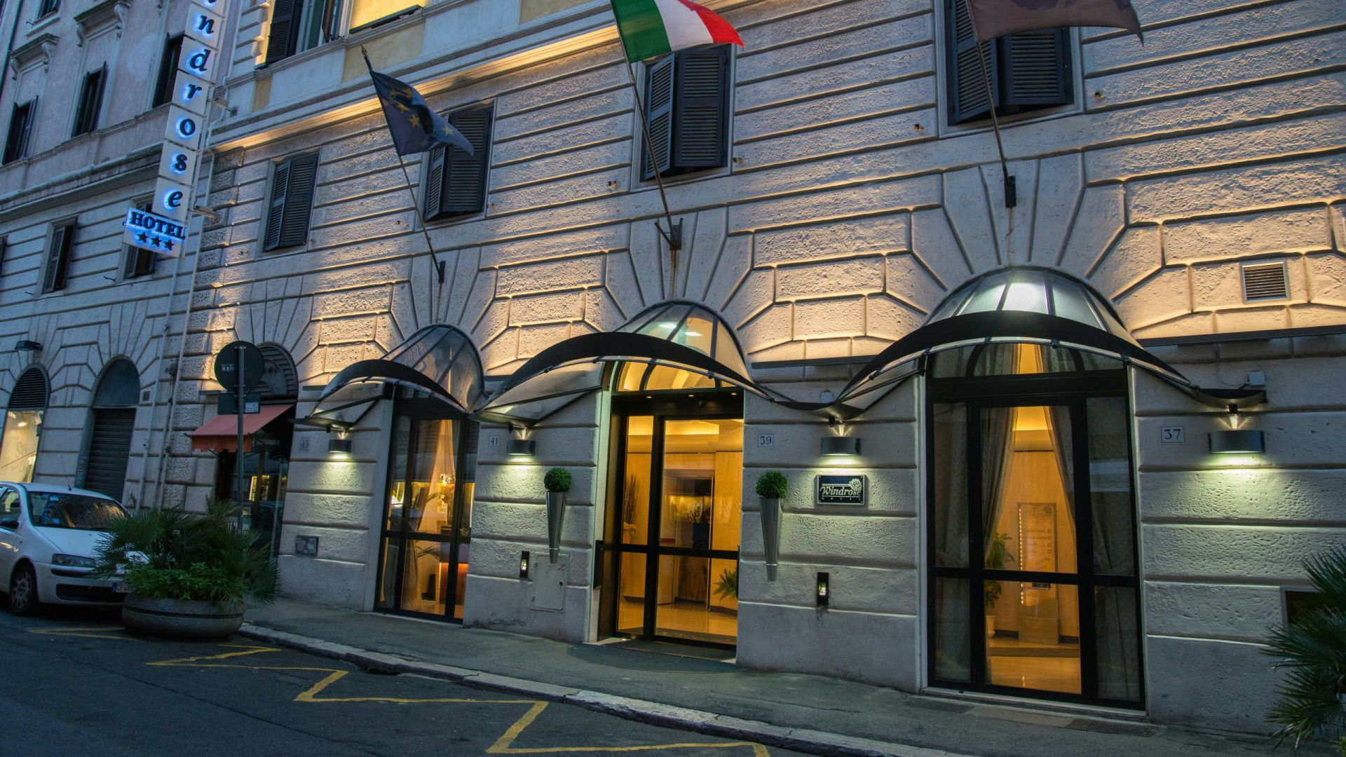 hotel-windrose-rome-externe-04