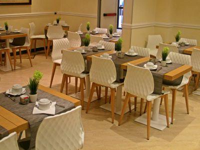hotel-windrose-rome-dejeuner-01