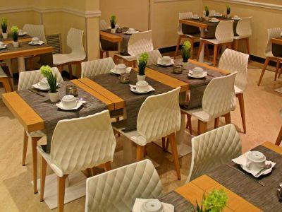 hotel-windrose-roma-desayuno-03